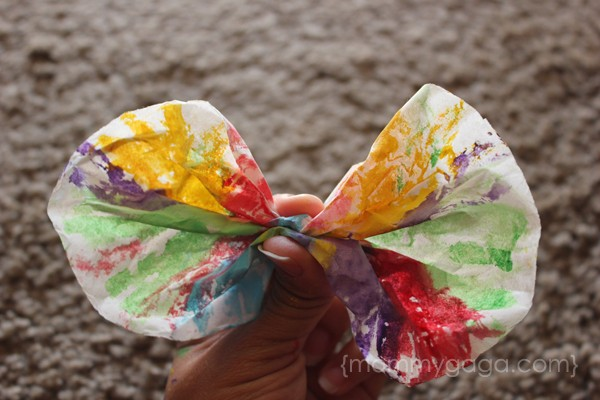 making butterflies spring kids craft