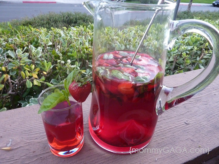 Strawberry Basil Passion Iced Tea