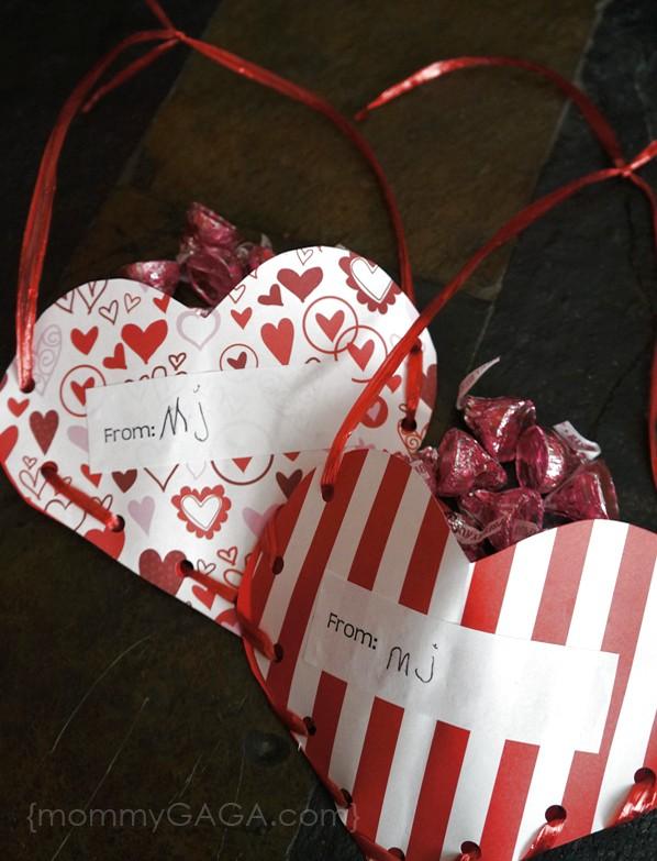 Valentine Treat Pockets Craft and Gift Idea