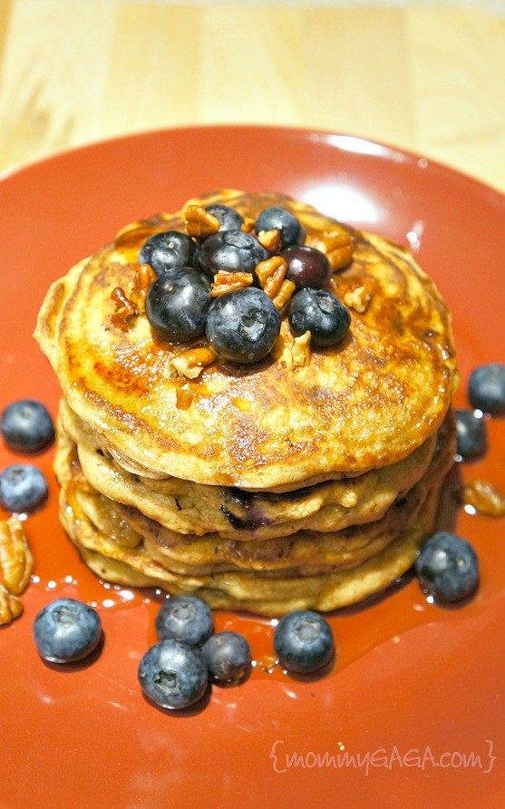 Brown Butter Blueberry Pecan Whole Wheat Pancakes: A ...