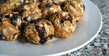 Protein Packed Cranberry Chocolate Chip Oat Energy Bites Recipe