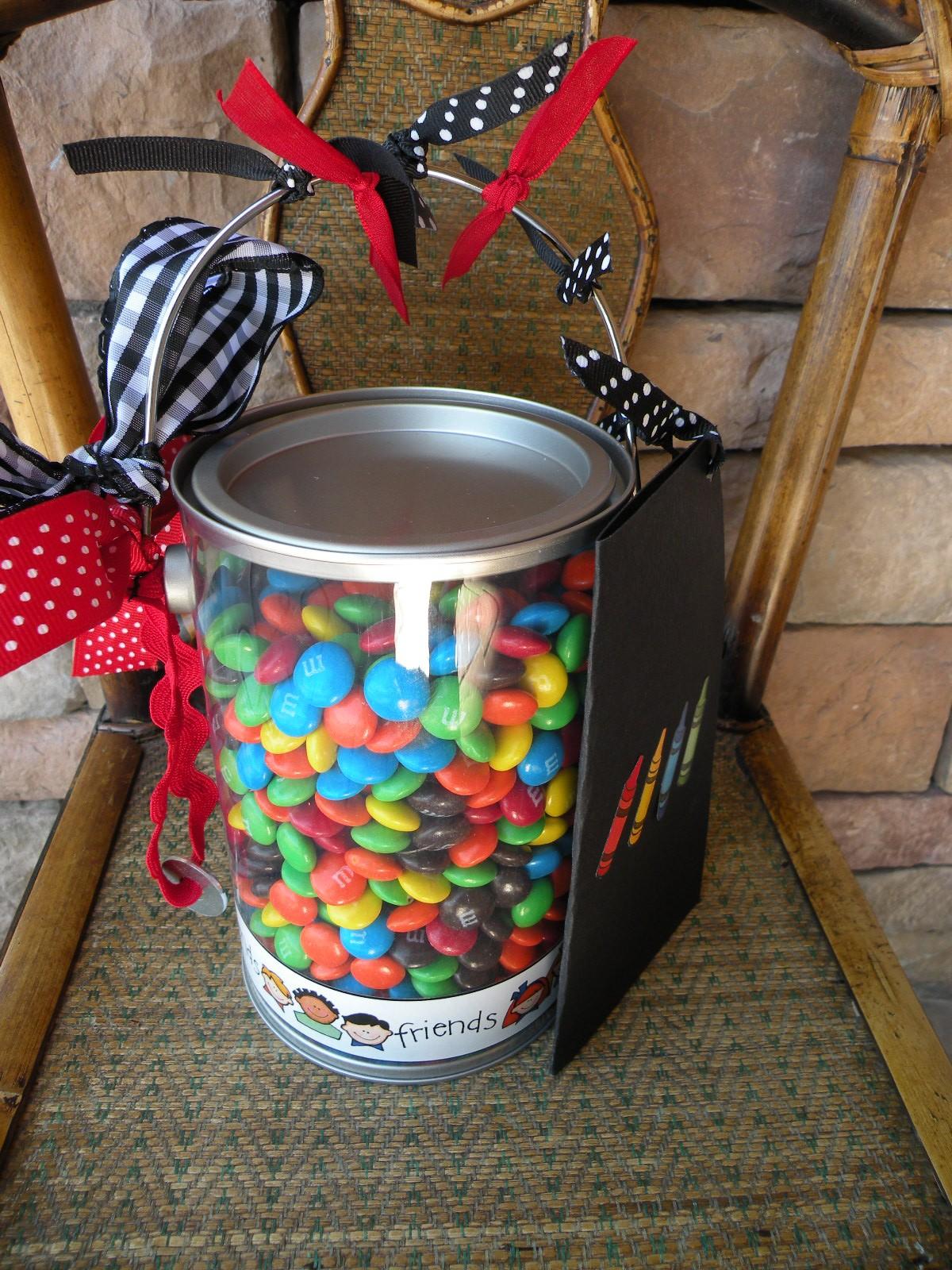 8 Cute DIY Teacher Appreciation Ideas & Homemade Gifts for ...