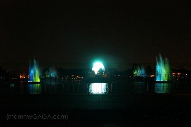 Epcot IllumiNations Fireworks Show