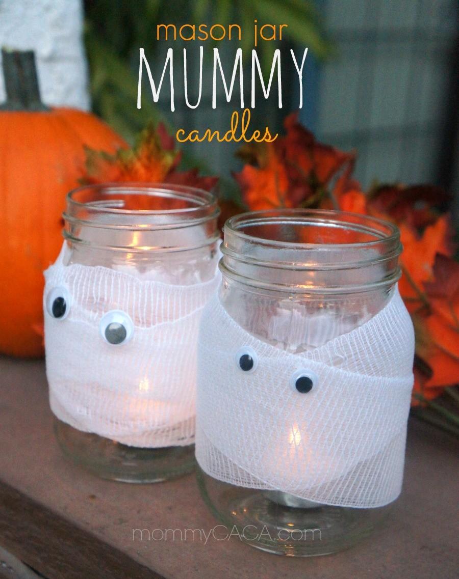 diy halloween decor spooky halloween mason jar mummy candles. Black Bedroom Furniture Sets. Home Design Ideas