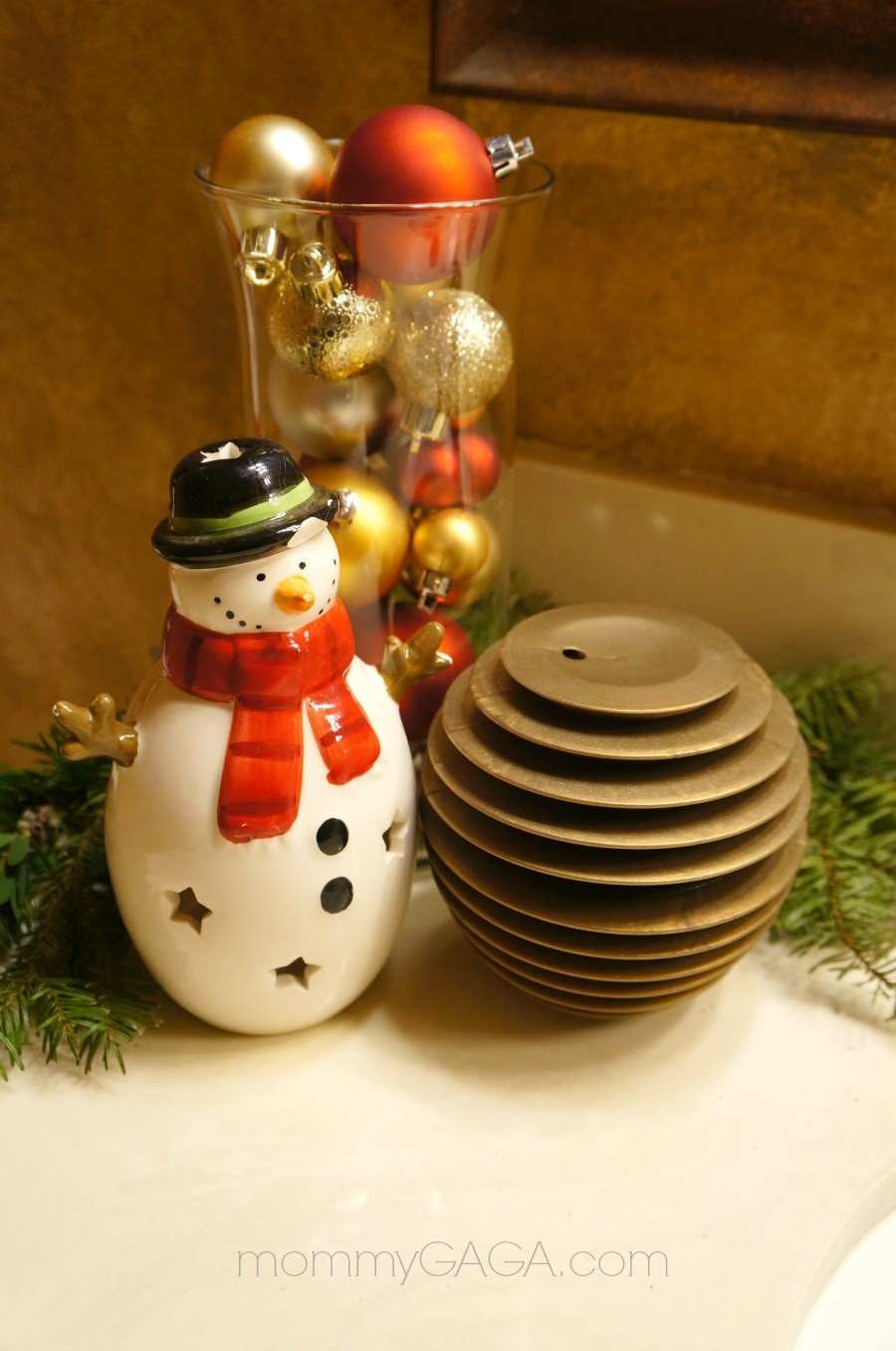 Simple Holiday Home Christmas Decorating Ideas For The