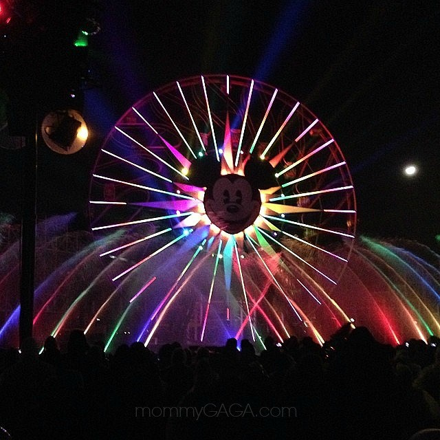 Mickey Mouse Ferris Wheel, World of Color show, Disney California Adventure