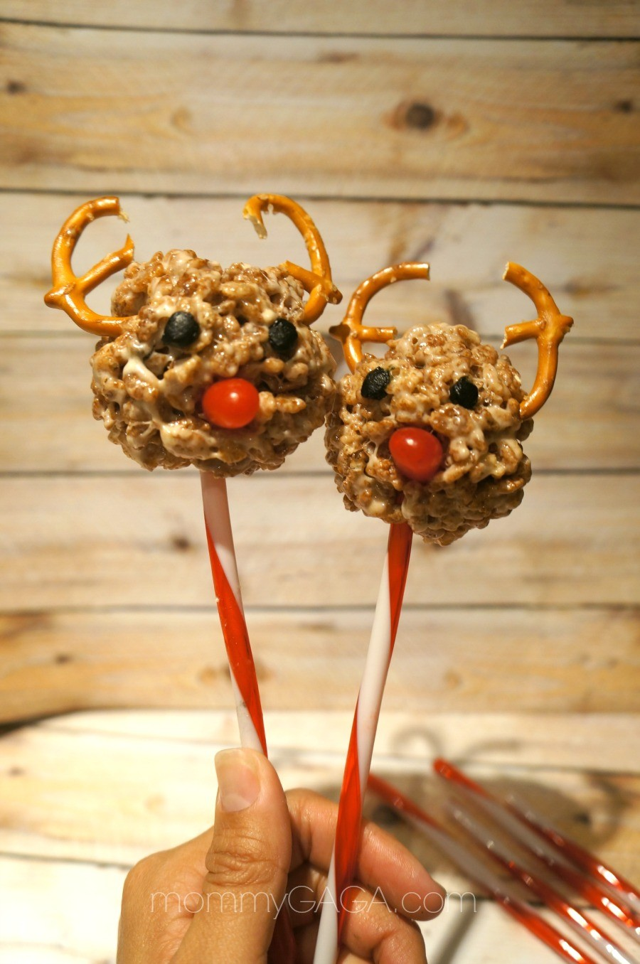 Reindeer Rice Krispies Treat Pops