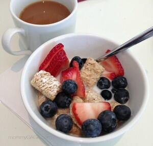 Kellogg's Frosted Mini Wheats cereal with fresh fruit