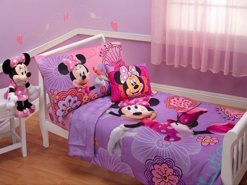 Toddler Girls Bedroom Decorating Ideas Everyday Moments With - Minnie mouse bedroom decor for toddler