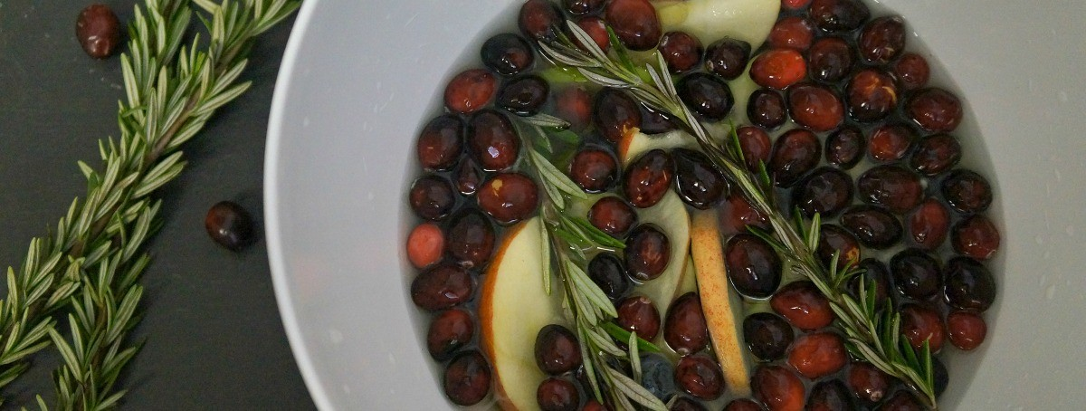 White Cranberry and Rosemary Holiday Sangria
