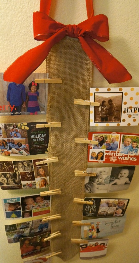 How to display holiday cards diy burlap wall christmas for Christmas card holder wall hanging