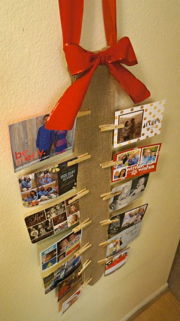 How To Display Holiday Cards Diy Burlap Wall Christmas