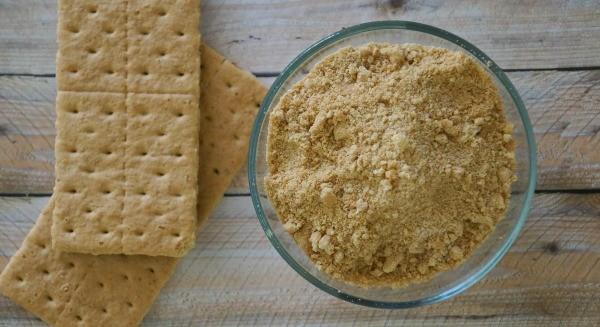How to make Dark Chocolate Sea Salt S'mores Cups, graham cracker crumbs