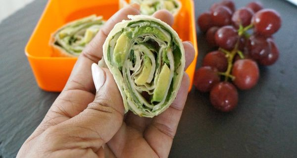 Healthy Turkey and Avocado roll ups are great for school lunch