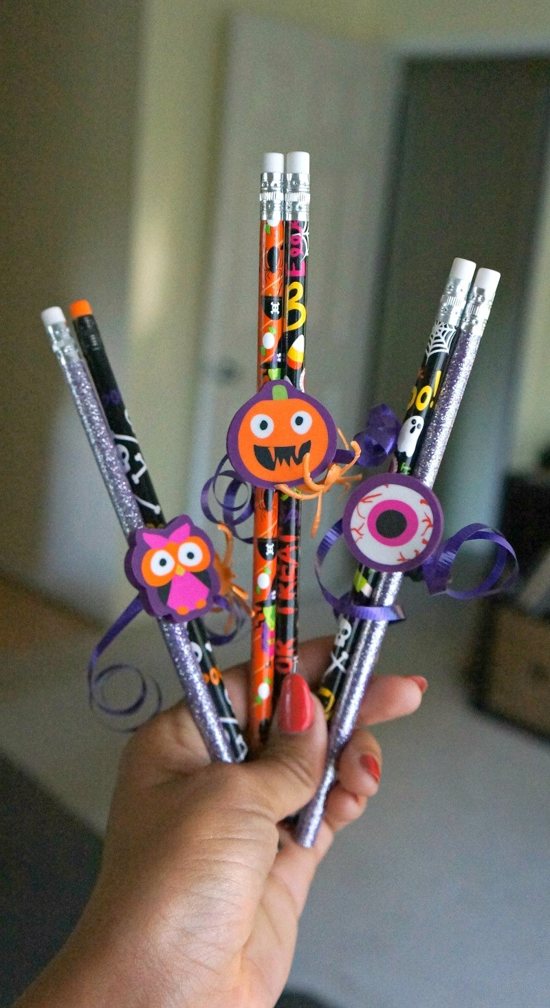 make these fun easy and candy free halloween pencil favors - Diy Halloween Favors