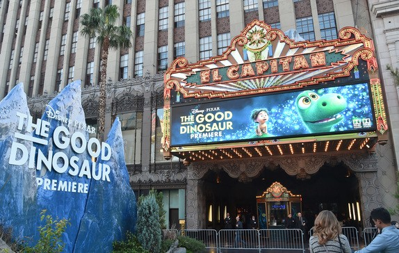 Atmosphere outside the World Premiere Of Disney-Pixar's THE GOOD DINOSAUR At El Capitan Theatre