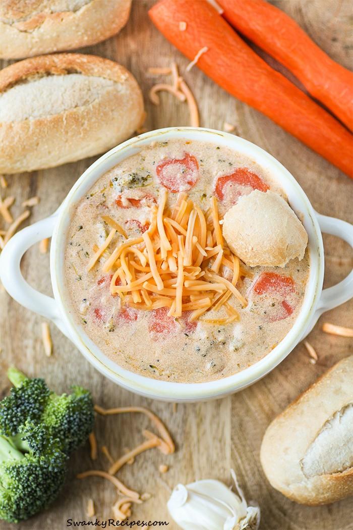 Easy-Broccoli-Cheddar-Soup, Swanky Recipes