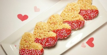 How to make Chocolate Dipped Rice Krispies Treat Hearts