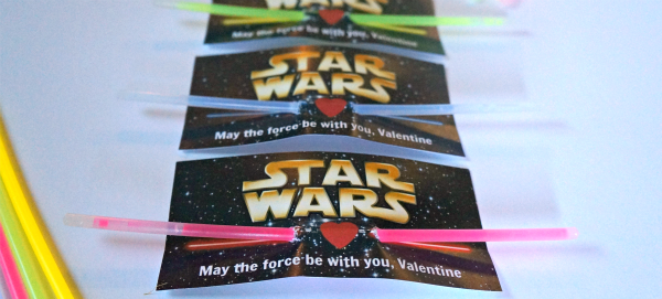 DIY Star Wars Light Saber Glow Stick Valentine Cards