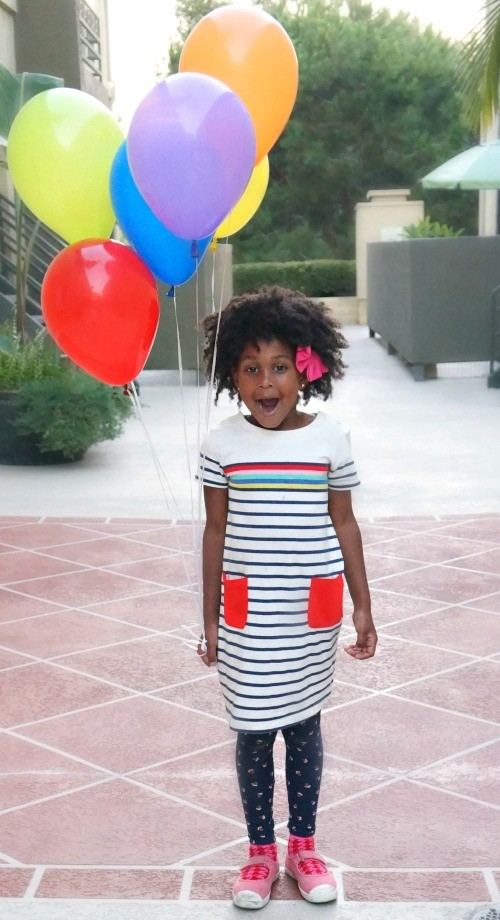 First Day of School Memories: Creative Back To School Photos With Balloons!
