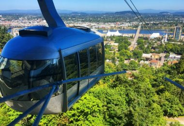 fun-things-to-do-with-kids-in-portland-oregon-portland-aerial-tram-south-waterfront-district