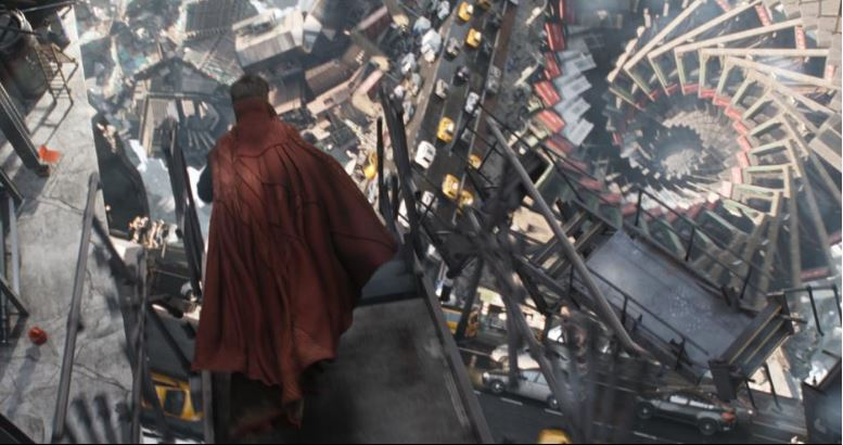 marvel-doctor-strange-movie-still-dr-strange-in-a-moving-city-battle