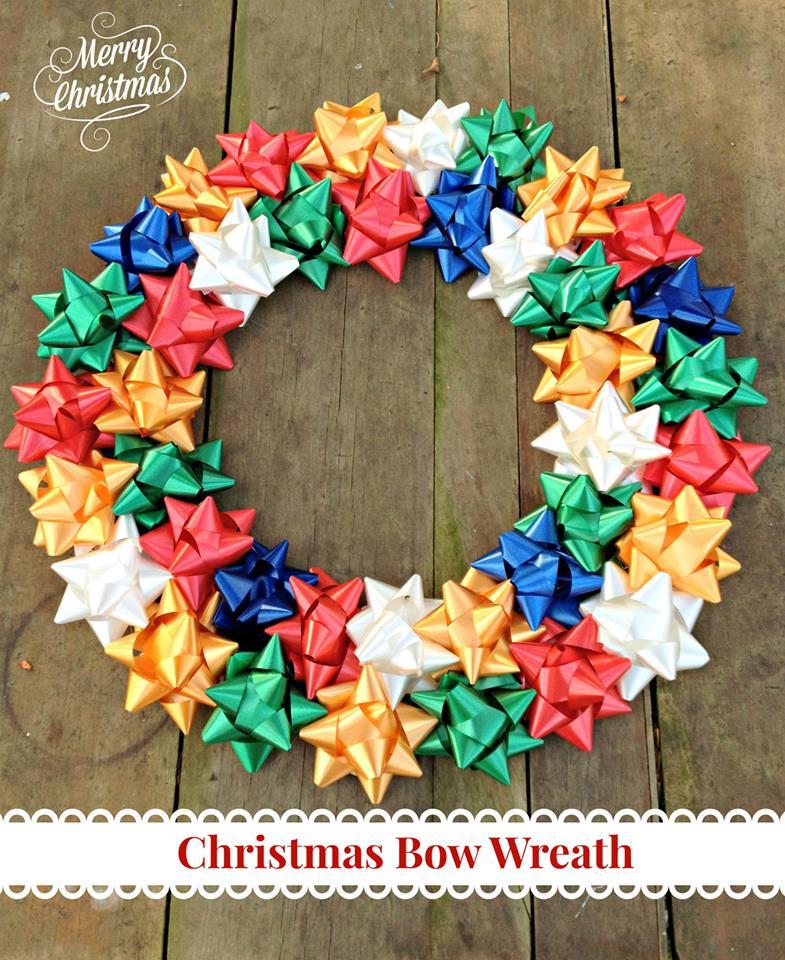 DIY Christmas home decor ideas - Christmas Bow Wreath