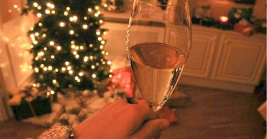 -Stress free holiday entertaining tips to make the most of your party this Christmas!