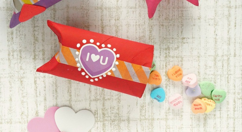Cute toilet paper roll gift box craft for Valentine's day