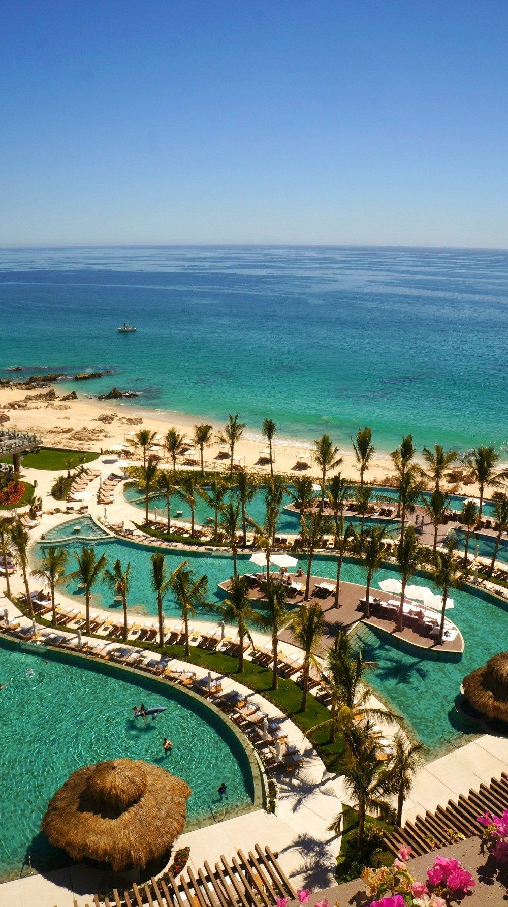 Experience all inclusive luxury grand velas los cabos for Luxury all inclusive resorts for families