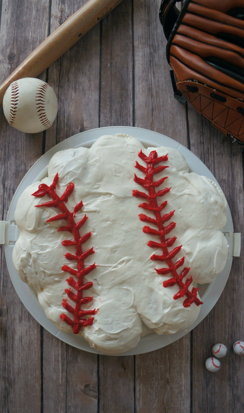 Baseball Cupcake Ideas- How To Make a Pull Apart Cupcake Cake