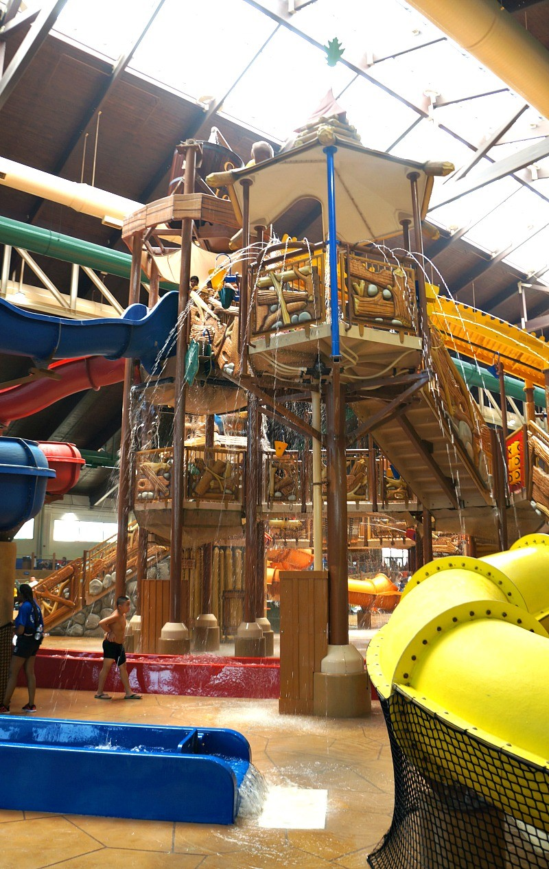 Fort Mackenzie kids water play fort at Great Wolf Lodge indoor water parks in California