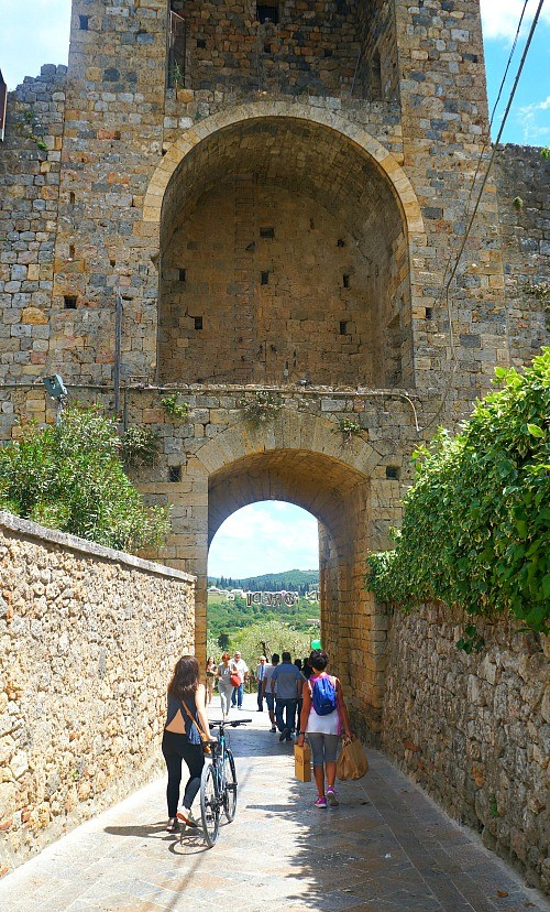 Bike ride to Monteriggioni village in Tuscany, Italy