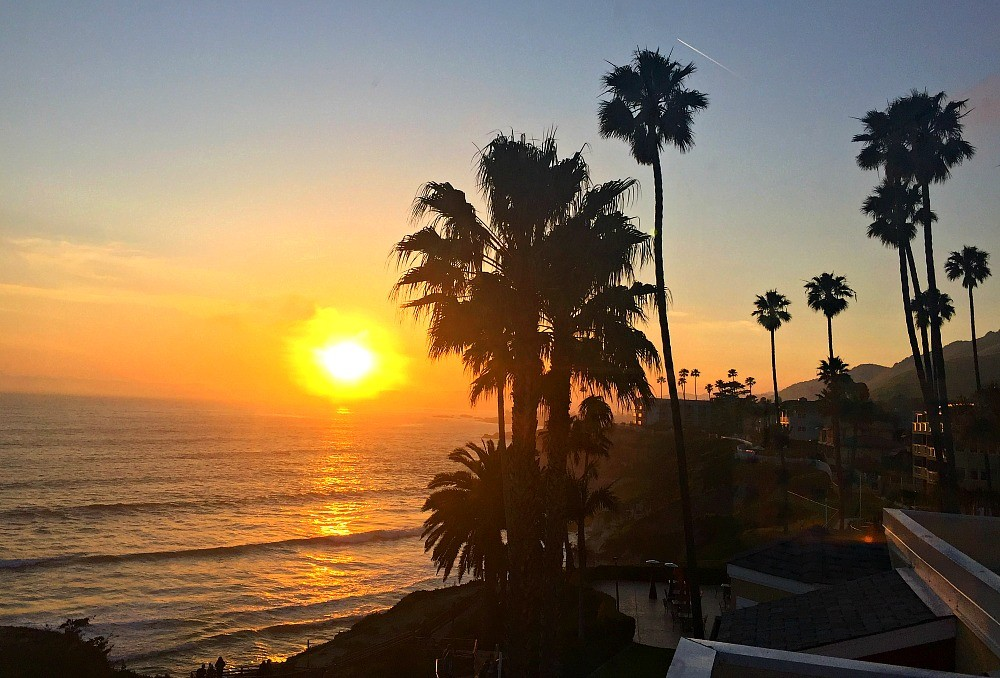 Don't miss the beautiful sunset over the Pacific Ocean in Pismo Beach, California