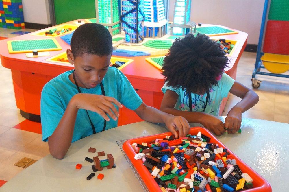 Kids building with LEGO bricks at Legoland California