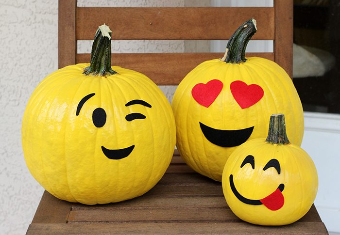 No carve emoji pumpkins Cutefetti
