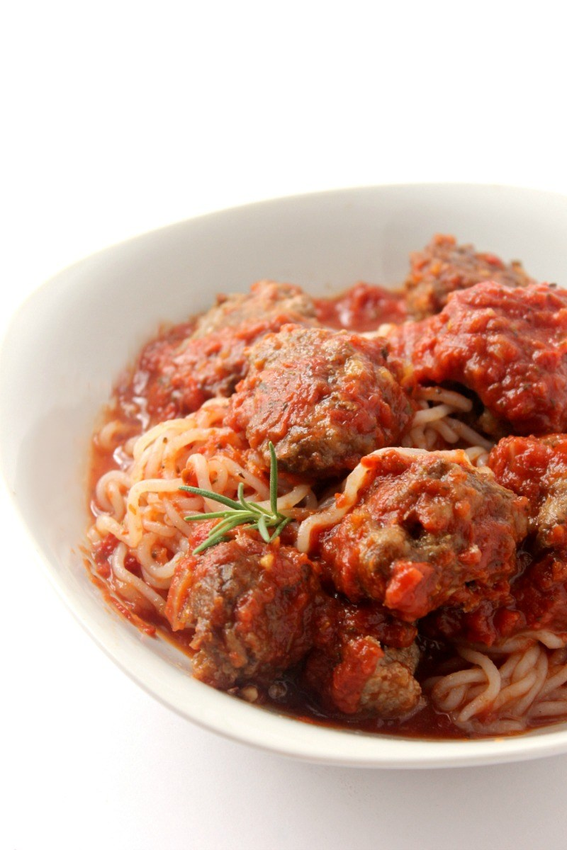 keto-spaghetti-and-meatballs, Moscato Mom