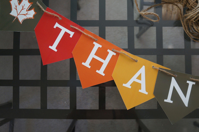 Threading a THANKFUL Free Printable Thanksgiving Banner