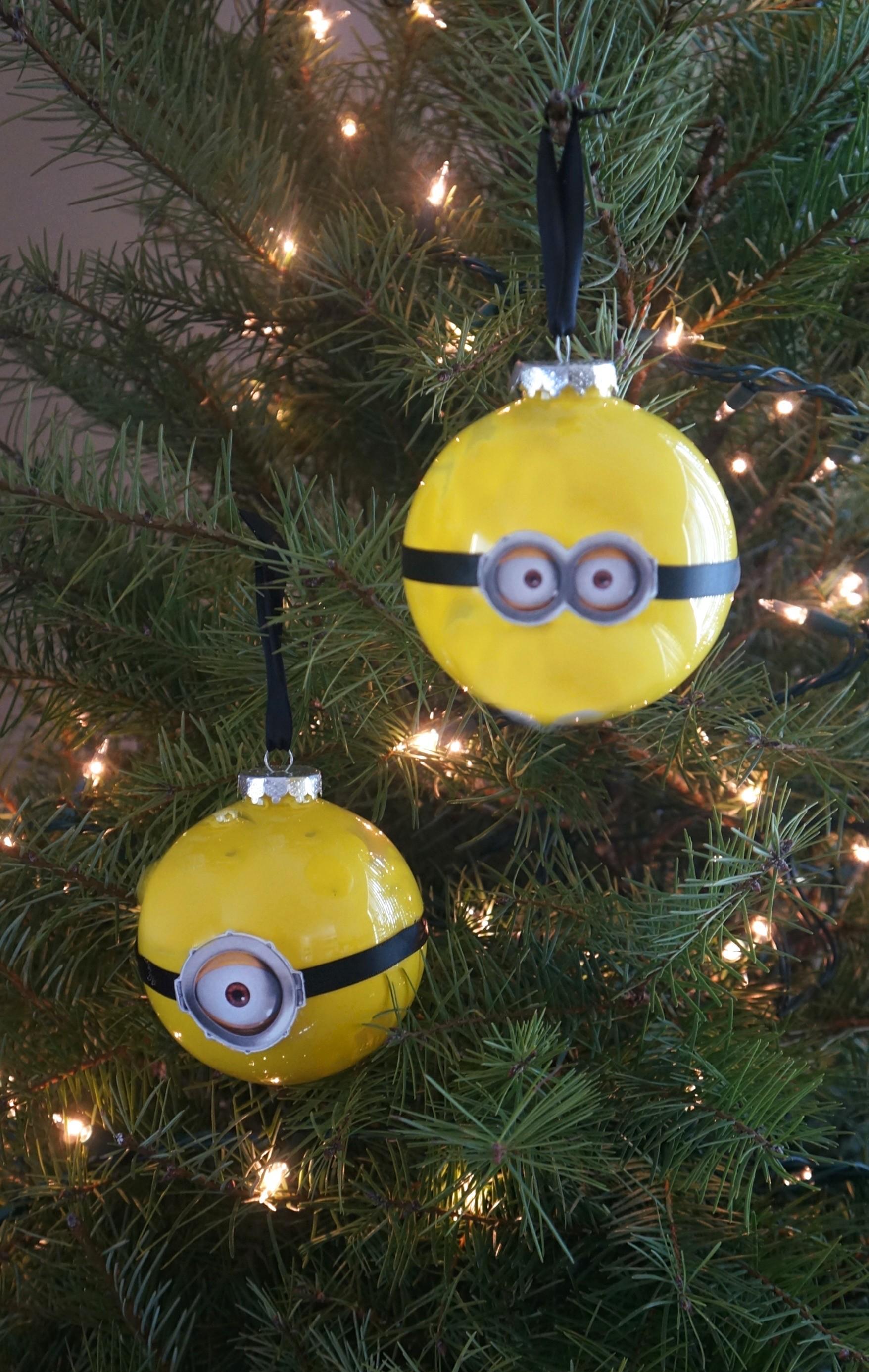 diy minion christmas ornaments tutorial