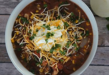 Southwest chicken chili with black beans soup recipe