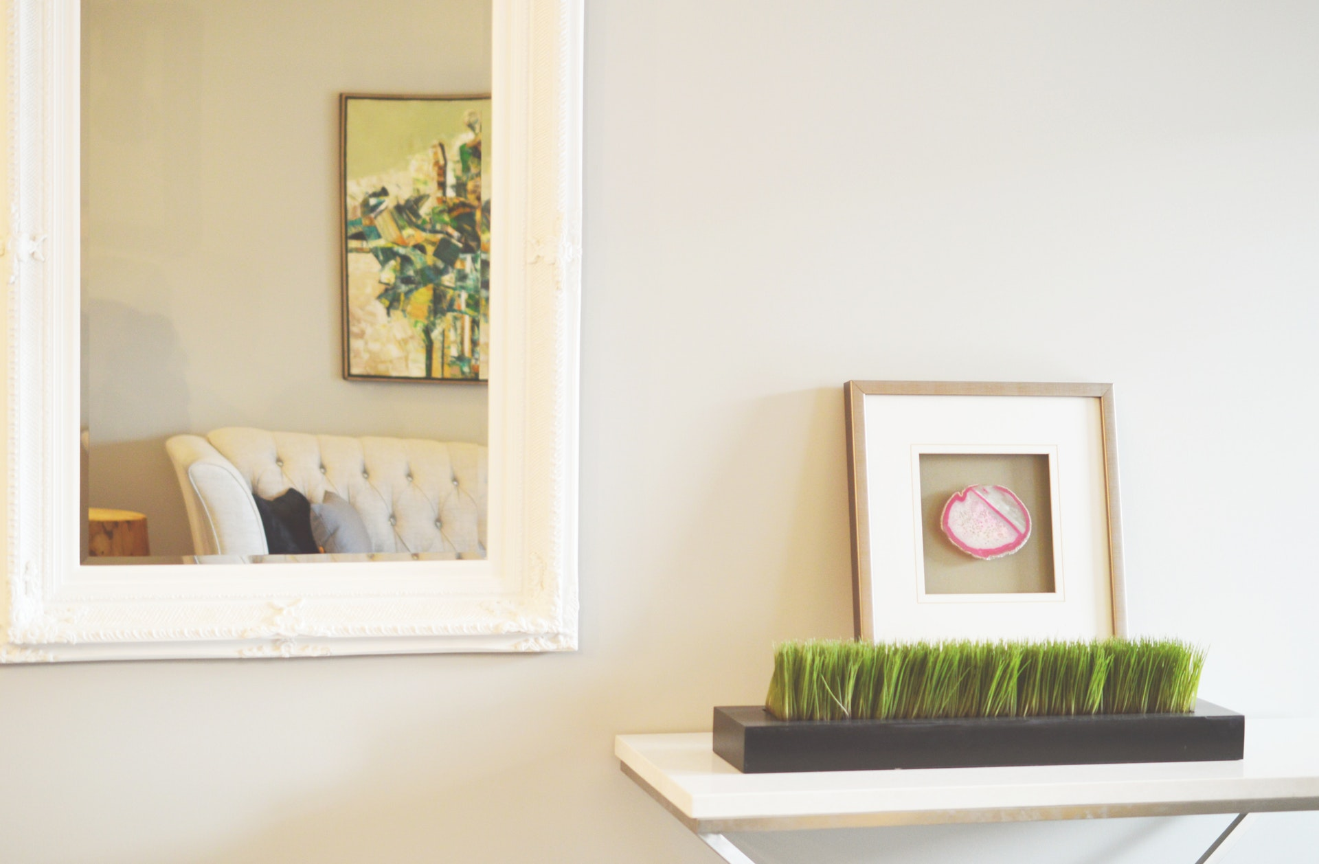 the quickest way to clean your house, mirror on the wall home decor