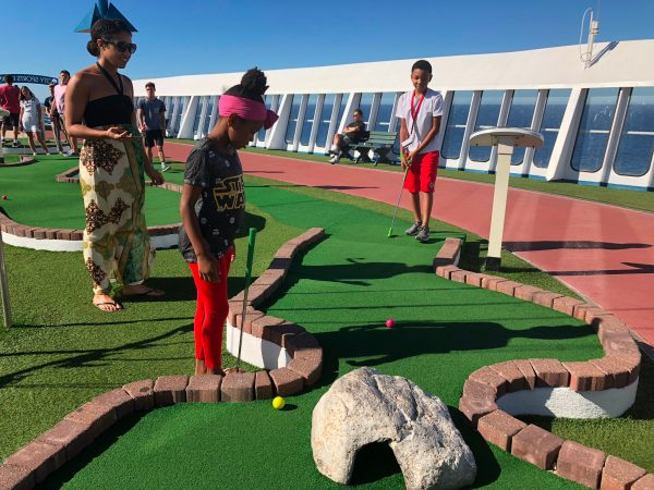 Free things on Carnival cruise play mini golf on the sports deck 14