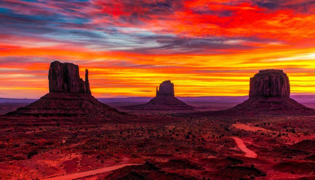 A beautiful Arizona sky at dusk