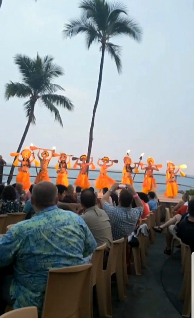 Beautiful Voyagers of the Pacific luau dancers
