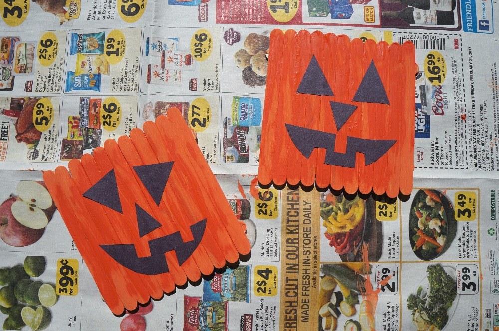 Halloween arts and crafts - how to make a popsicle stick pumpkin