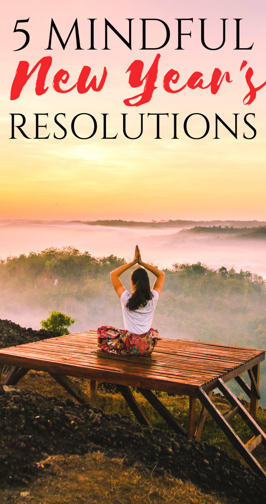 5 Mindful New Years Resolutions For A Calmer Clearer More Peaceful Year | what is mindfulness | how to be mindful | ways to practice mindfulness | mindfulness benefits | honeyandlime.co