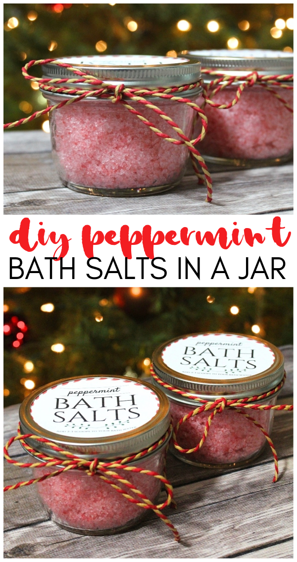 DIY Peppermint Bath Salts In A Jar - A Great Homemade Holiday Gift! peppermint bath soak | diy bath salts in a jar | peppermint bath salts recipe | Christmas bath salts | homemade holiday gifts | how to make bath salts for gifts | honeyandlime.co